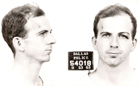 Lee_Harvey_Oswald_arrest_card_1963 (2)